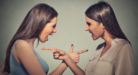 two-girls-fighting