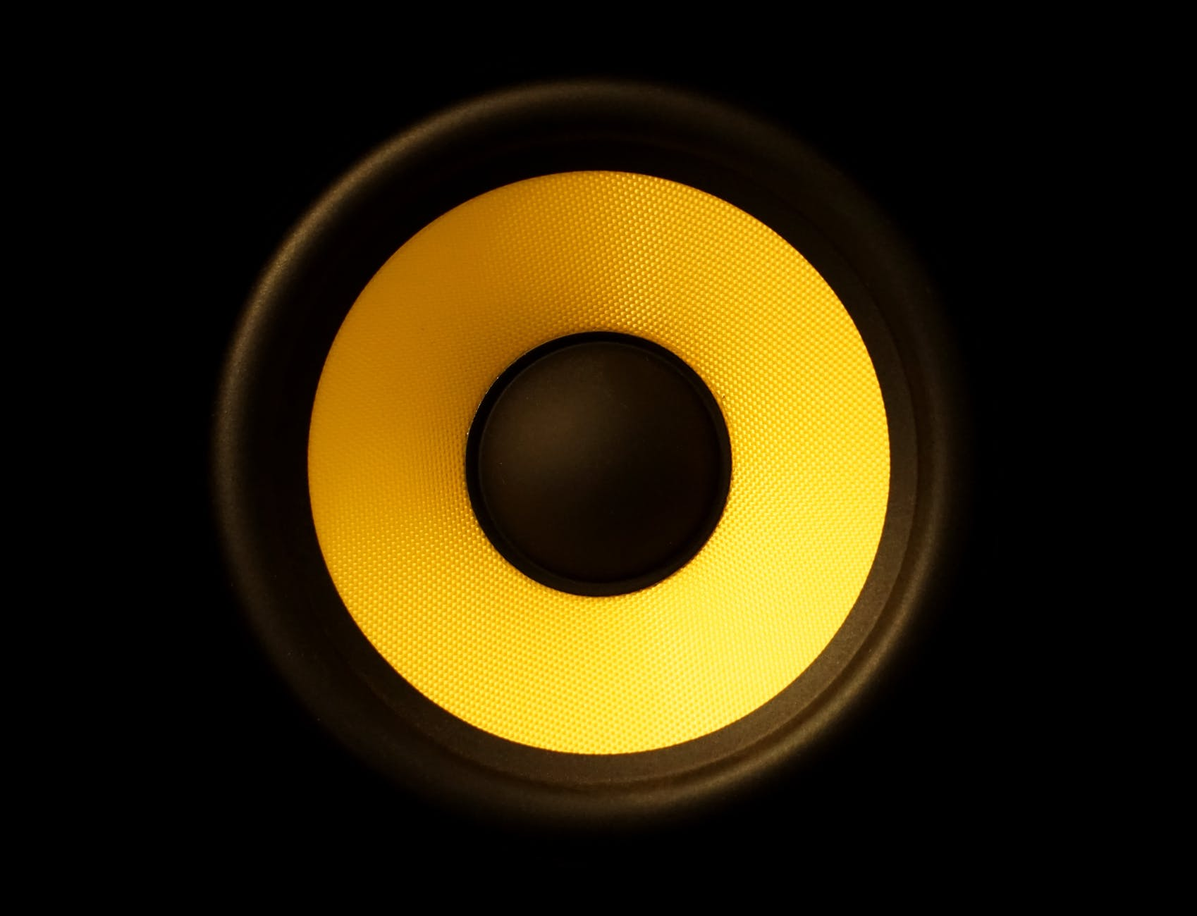 art audio bass bright